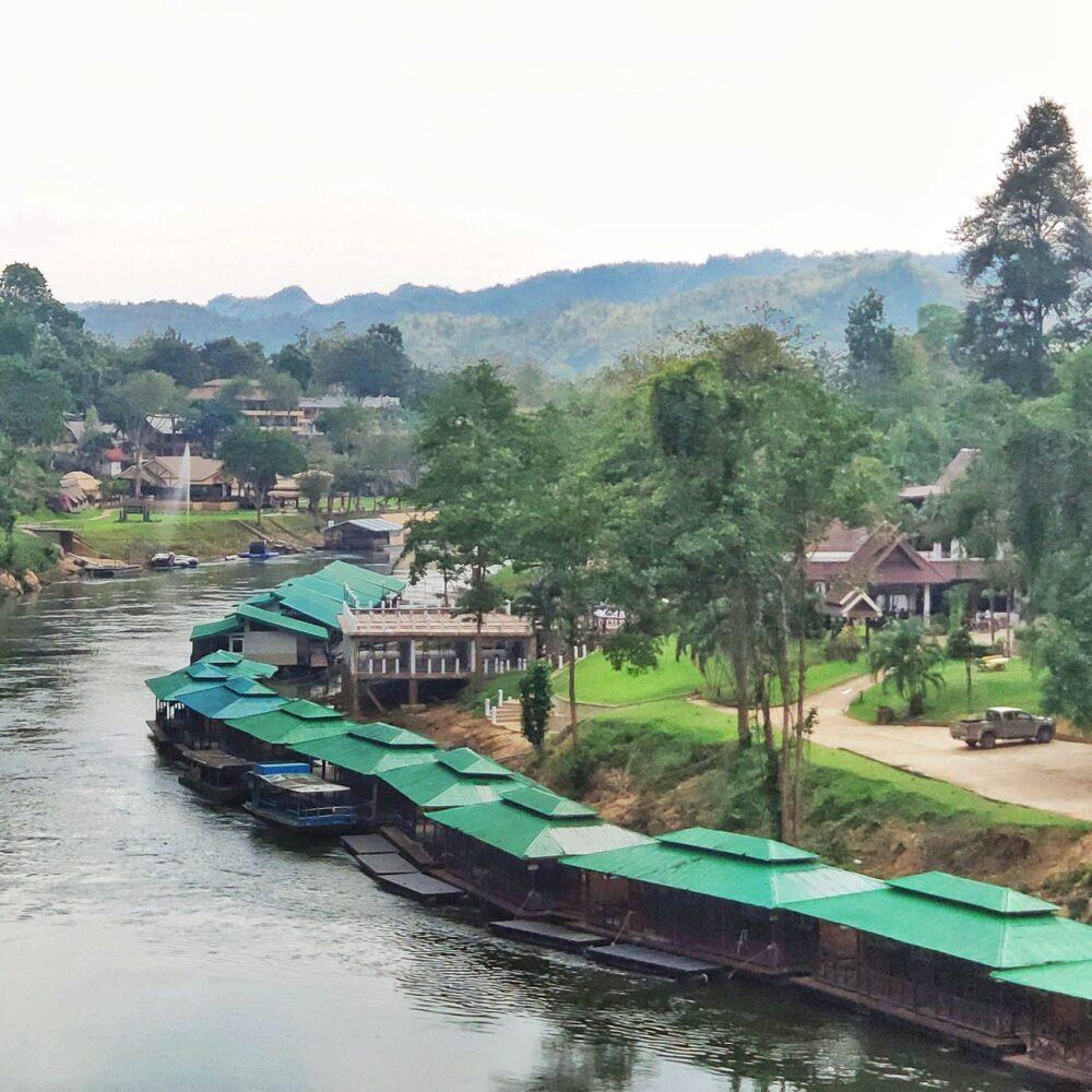 桂河水上屋
